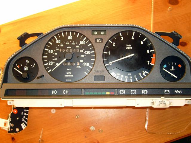 E30 BMW Odometer rollback (or forward)