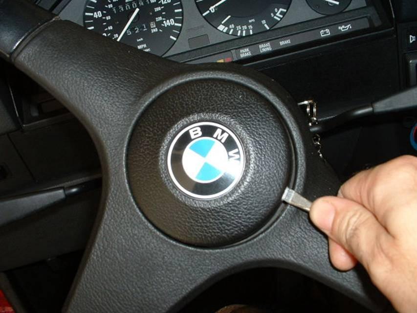 bmw e30 dash swap removal and installation rts your total bmw rh rtsauto com BMW E28 Dash E30 Interior
