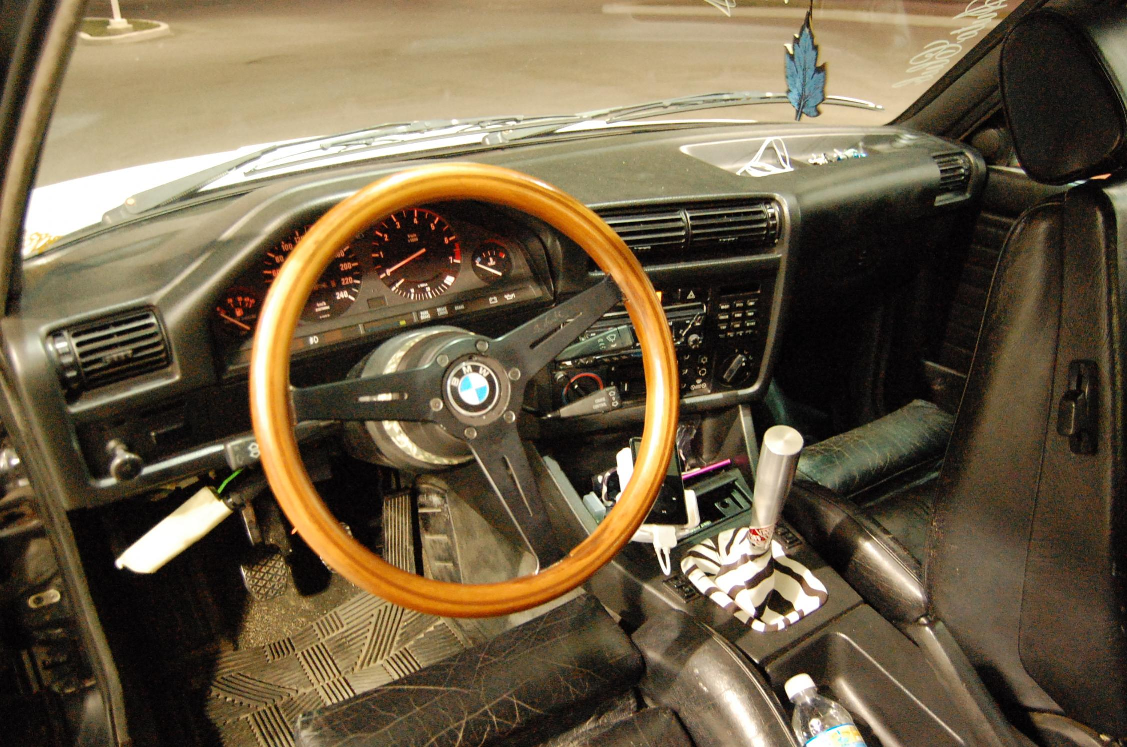 E Steering Wheel Options RTS Your Total BMW Enthusiast - Bmw 325i steering wheel