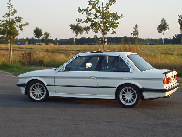 Oem Some Aftermarket E30 Rim And Tire Selection Rundown Rts Your Total Bmw Enthusiast