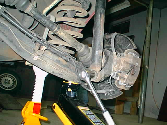 E30 Subframe removal - rear shock bolt