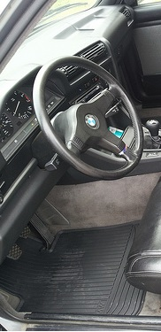 OEM fitting rubber E30 floormats from an E82