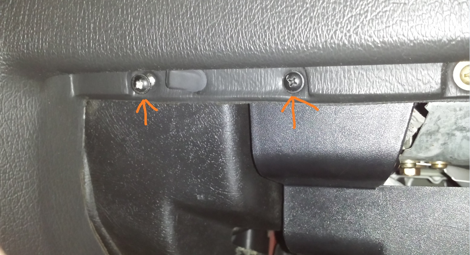 How To Replace E30 Obc Light And Upgrade An Led Bar Fuse Box Repair Plastic Cover Lightbar Lightbar2