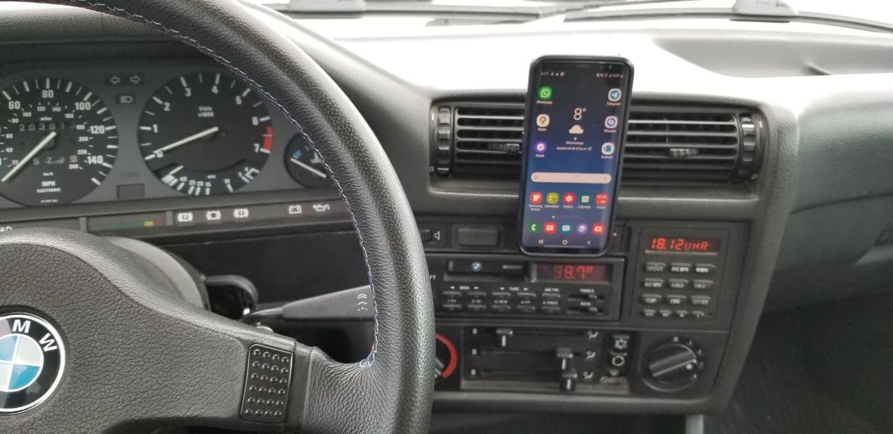 Magnetic phone holder for E30